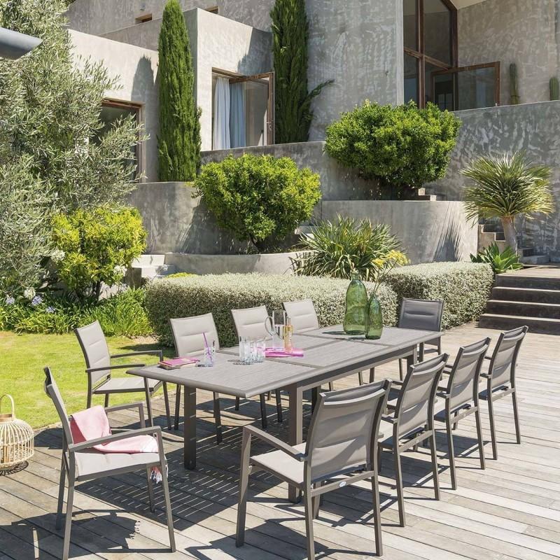 Table de jardin extensible Azua - 10 Personnes - Marron expresso - Toilinux